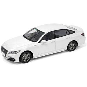 1/24 Toyota CROWN HYBRID 2.5 RS Advance (2018) マルチマテリアルモデルキット