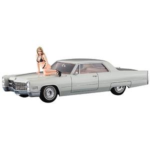 1/24 1966 アメリカン クーペ タイプC w/ブロンドガールズ フィギュア プラモデル