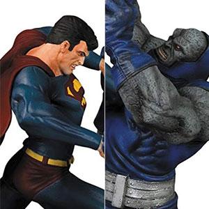 『DCコミックス』 DC スタチュー スーパーマンVSダークサイド(バージョン3)