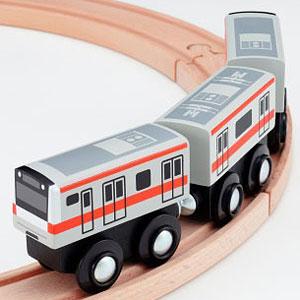 MOK-017 mokuTRAIN(モクトレイン) E233系中央線
