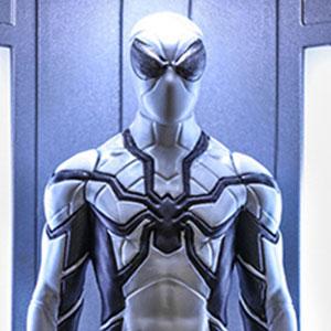 ビデオゲームマスターピースCOMPACT スパイダーマン フューチャーファウンデーションスーツ/スパイダースーツ格納庫付