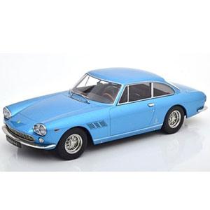 1/18 Ferrari 330 GT 2+2 1964 lightblue-metallic