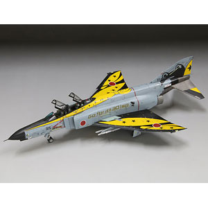 """1/72 航空機 航空自衛隊 F-4EJ改 ラストフライト記念 """"イエロー"""" プラモデル"""