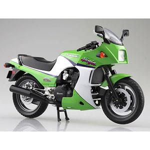 1/12 完成品バイク KAWASAKI GPZ900R ライムグリーン