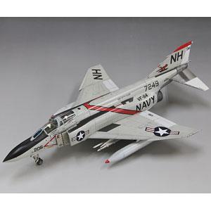 1/72 アメリカ海軍 F-4J 戦闘機 [初回限定特装版] プラモデル